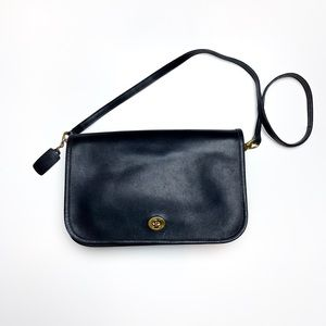 Vintage Coach 9635 Black Convertible Clutch Bag